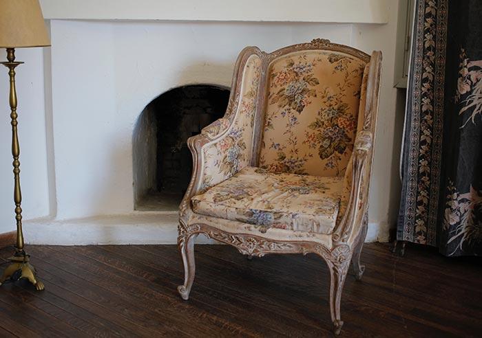 tapizar-muebles-cojines-cabeceros-cama-retapizar-restaurar-tienda-valencia